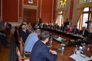 Vlada na 133. izvanrednoj sjednici o nabavi cjepiva za sprječavanje COVID-19
