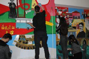 """Vijeće učenika Ekonomske škole iz Brčkog realizirali su projekt """"Kutak za učenike"""""""